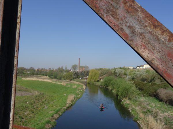 Blick von der alten Eisenbahnbrücke bei Artern