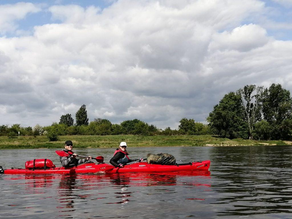 Kanus auf der Elbe